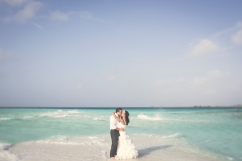 Trash the dress Los Roques Wedding